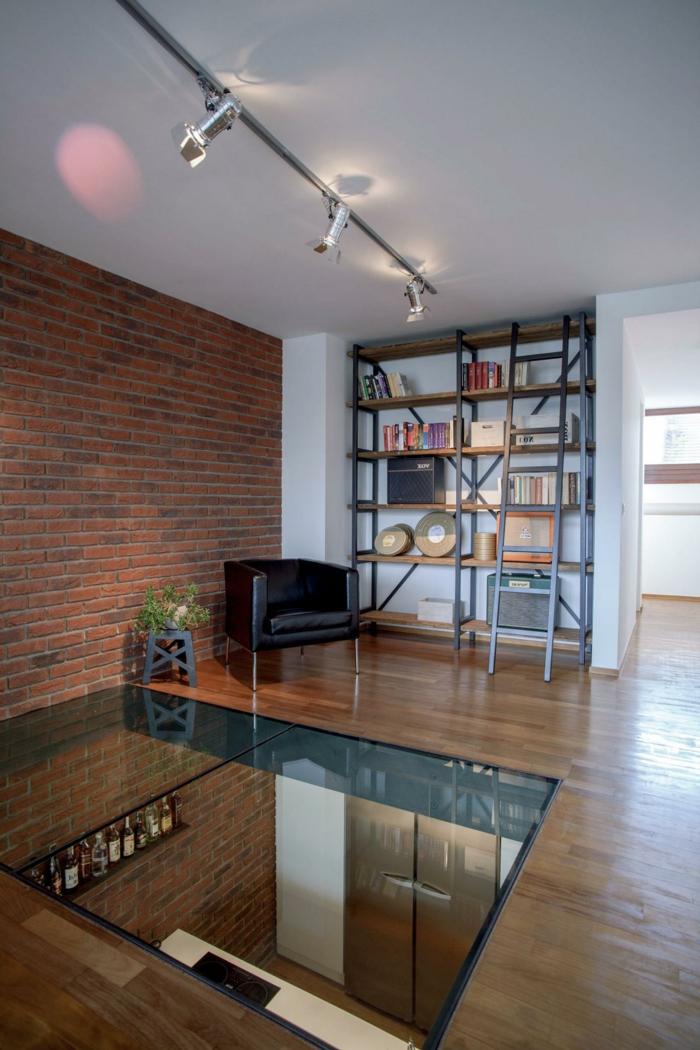 1-maison-moderne-avec-plancher-de-verre-idée-aménagement-originale-meubles