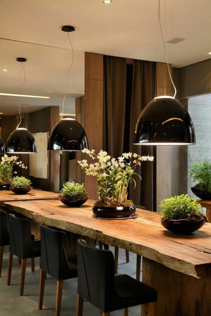Le meuble massif est il convenable pour l39interieur for Deco cuisine avec meuble et table de salle a manger