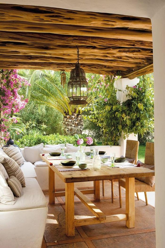 1-meuble-en-pin-clair-meuble-rustique-table-en-bois-massif-clair-chaises-rustiques