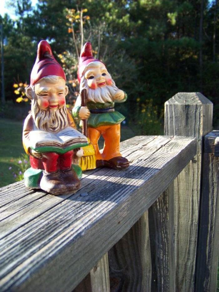 1-nains-de-jardin-colorés-statues-de-jardin-décoration-idée-intéressantes