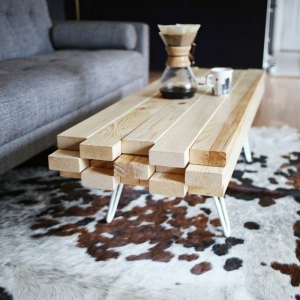 Choisir le meilleur tapis scandinave avec notre galerie for Tapis peau de vache avec canapé vert 2 places