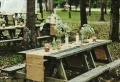 La table de pique nique qui va vous inspirer pour déjeuner en dehors!