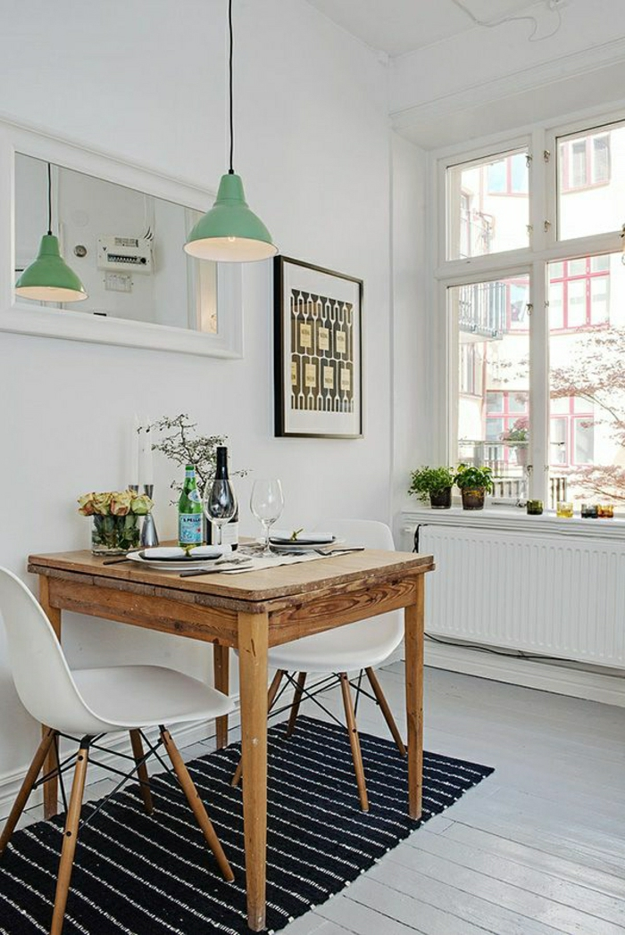 1-table-haute-de-cuisine-plancher-en-bois-blanc-tapis-noir-chaise-en-plastique