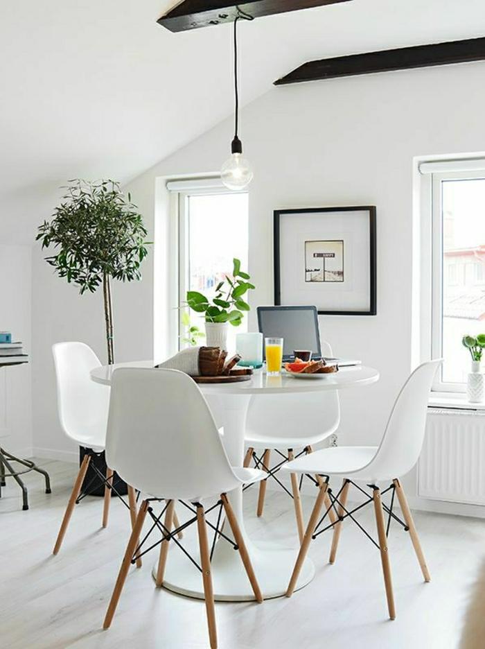 Une table tulipe pour votre int rieur moderne for Quelle peinture pour plastique