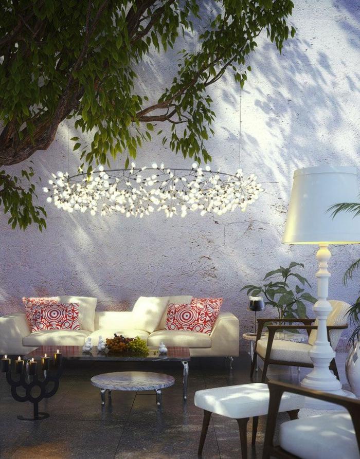 1-une-magnifique-idée-pour-eclairer-le-jardin-luminaires-extérieurs