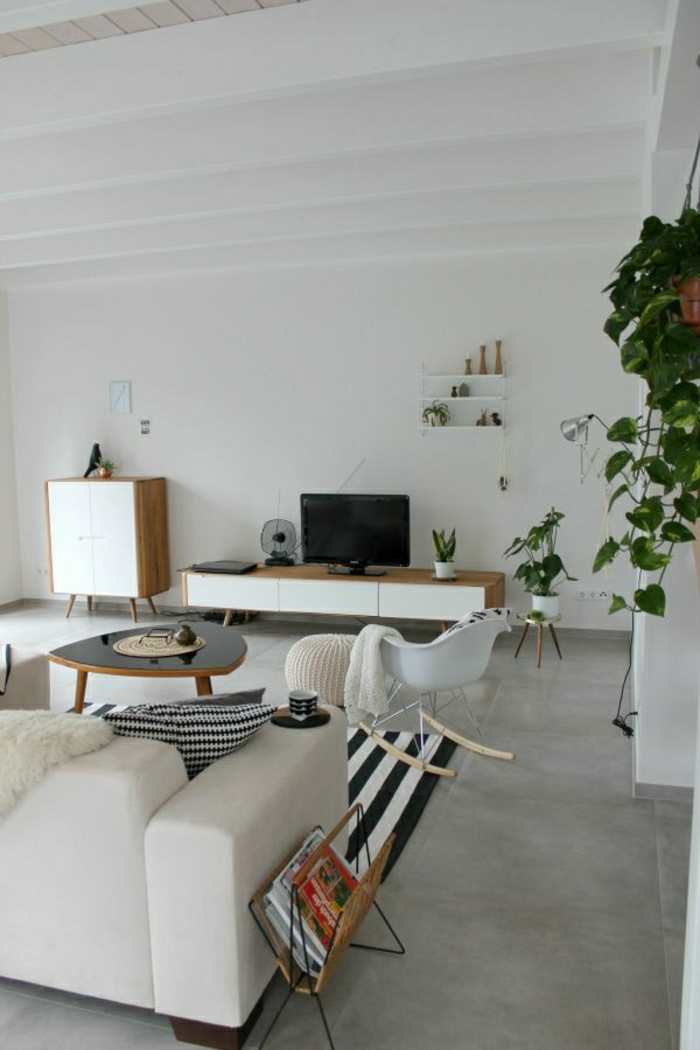 1-vaste-salon-ambiance-cocooning-tapis-blanc-noir-a-rayures-blanc-noir-chaise-berçante