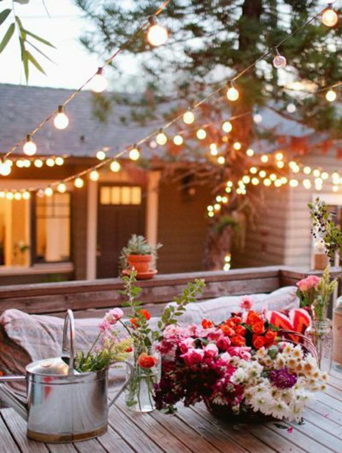 2-meuble-rustique-décoration-pour-le-jardin-de-vos-reves-aménagement-maison