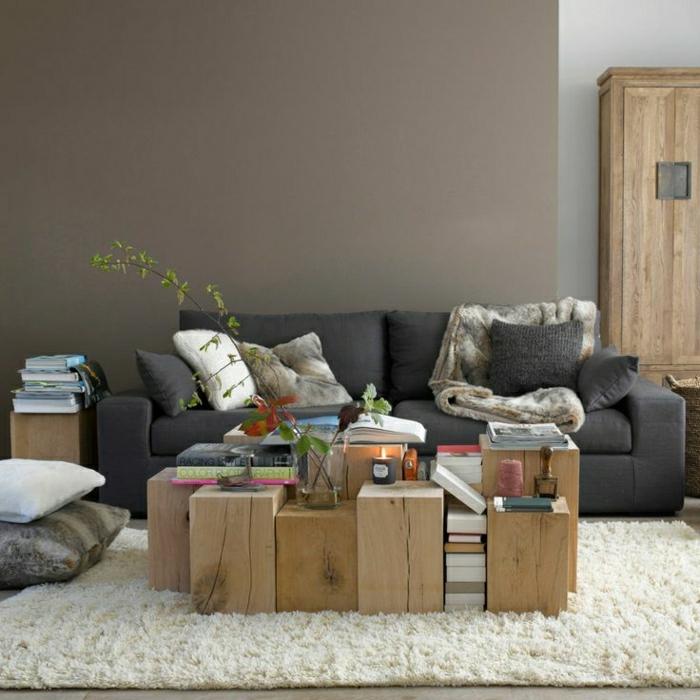 2-mur-taupe-couleur-taupe-tapis-blanc-plante-verte-salon-canapé-gris