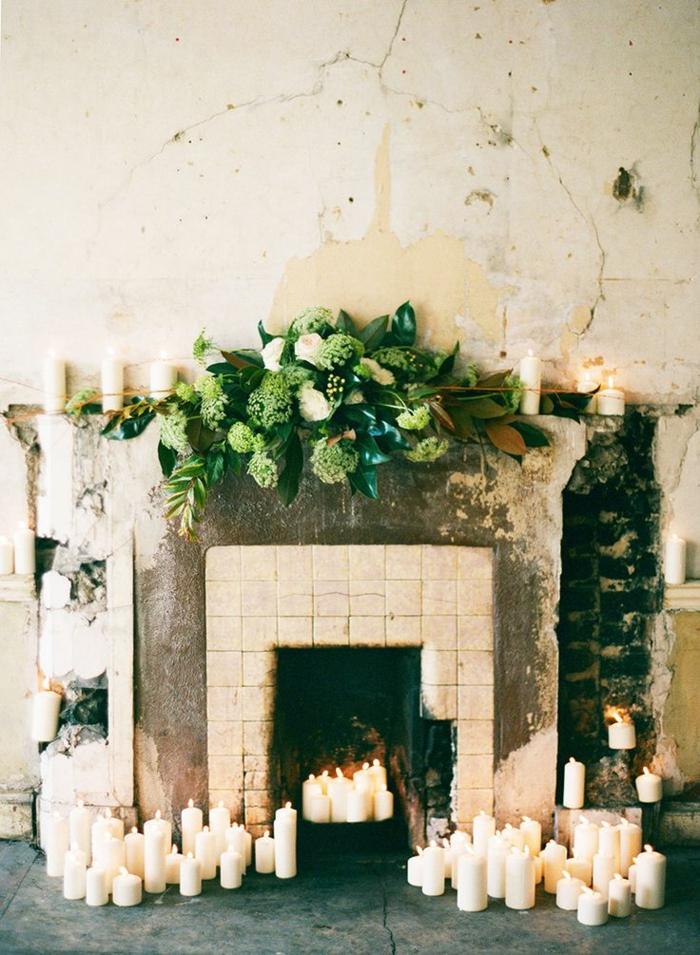 Ambiance-romantique-pour-votre-chambe-fleurs-bougies