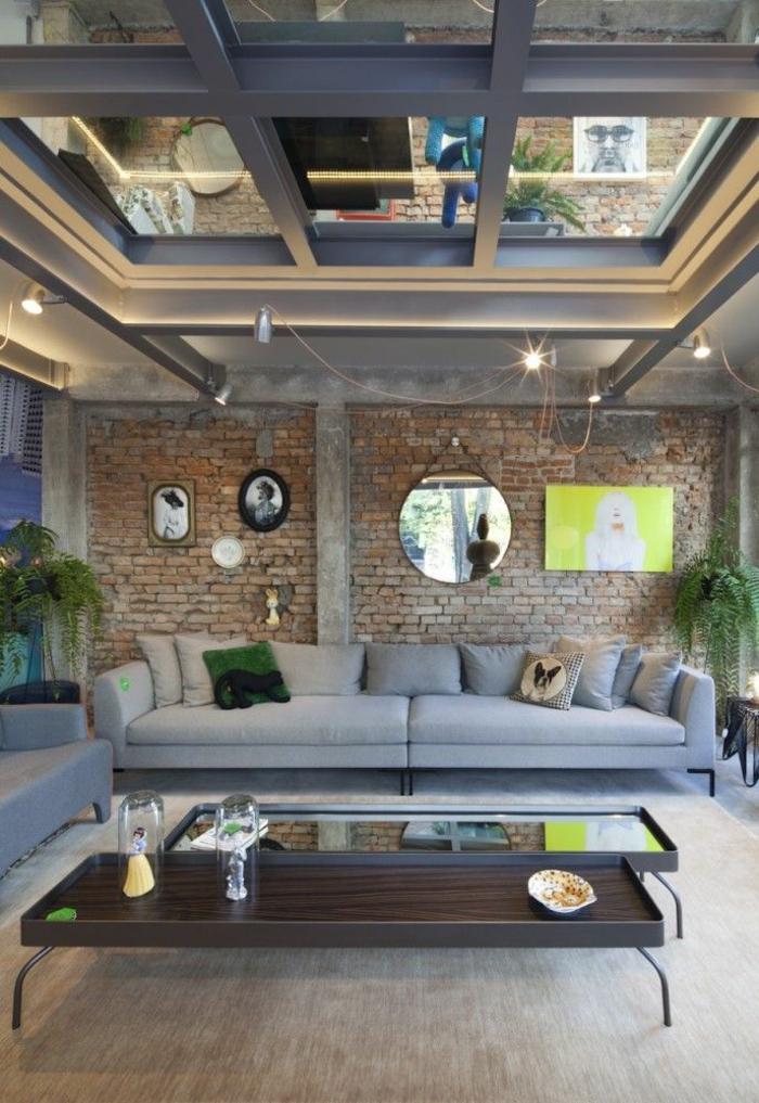 Châssis-pvc-sur-le-toit-lumière-salle-de-séjour-sofa