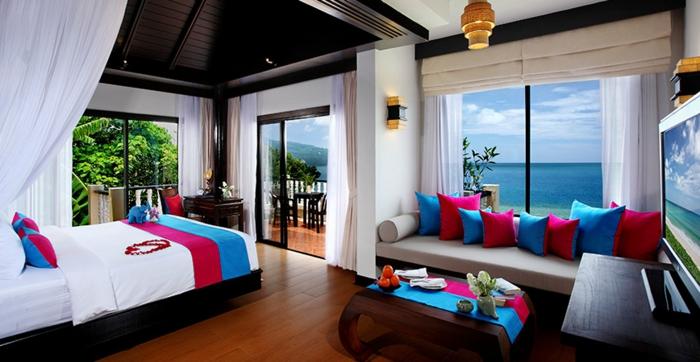 Chambre-à-coucher-aigue-marine-avec-vue-de-la-mer