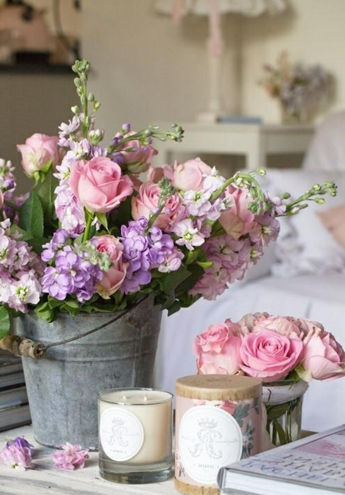 Chambre-à-coucher-romantique-déco-fleurs-bougies