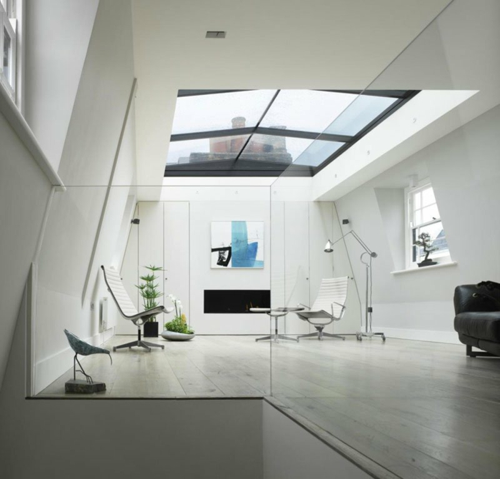 Chambre-fenêtre-de-toit-vue-jolie-loft-parisien