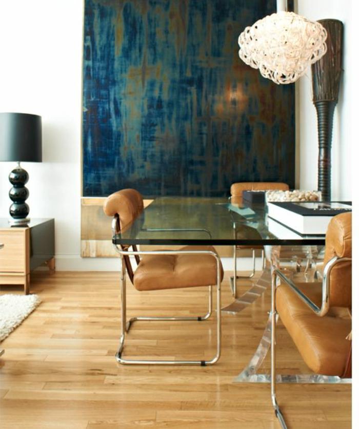 Couleur-caramel-intérieur-idees-creatives-lampe-table-verre-lustre-originale