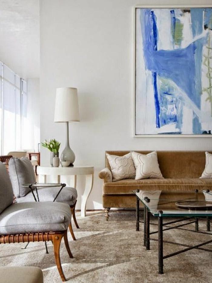 Couleur-caramel-intérieur-idees-creatives-peinture-art-table-basse-sofa