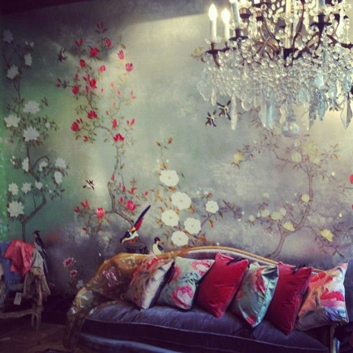 Décoration-chambre-romantique-fleurs-papier-peinte
