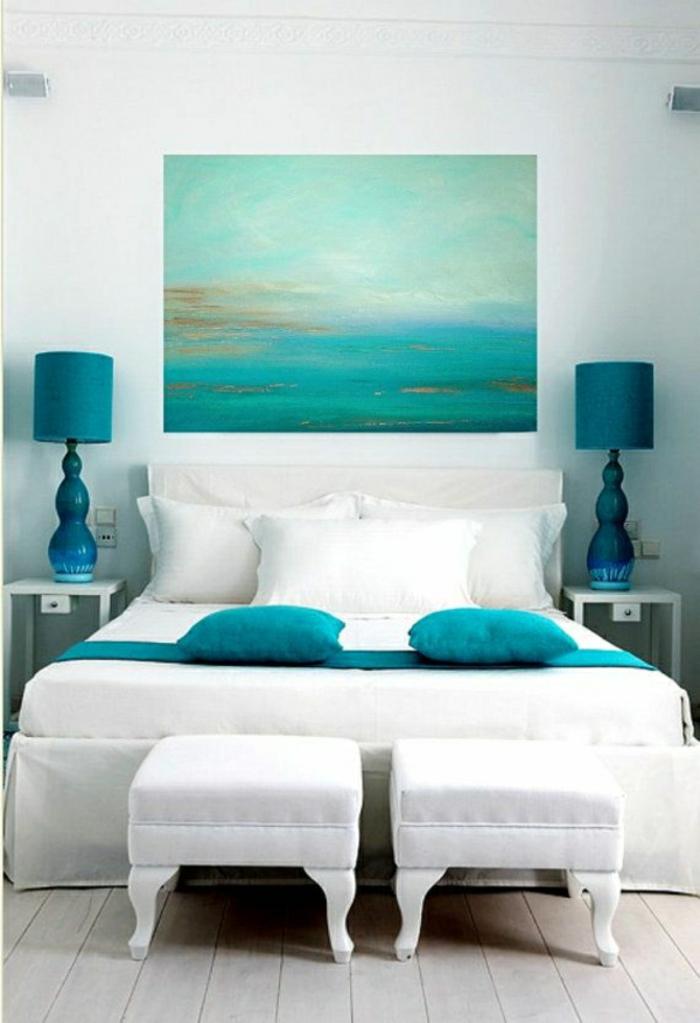 Décoration-en-couleur-marine-aigua-chambre-à-coucher-lampe-bleue