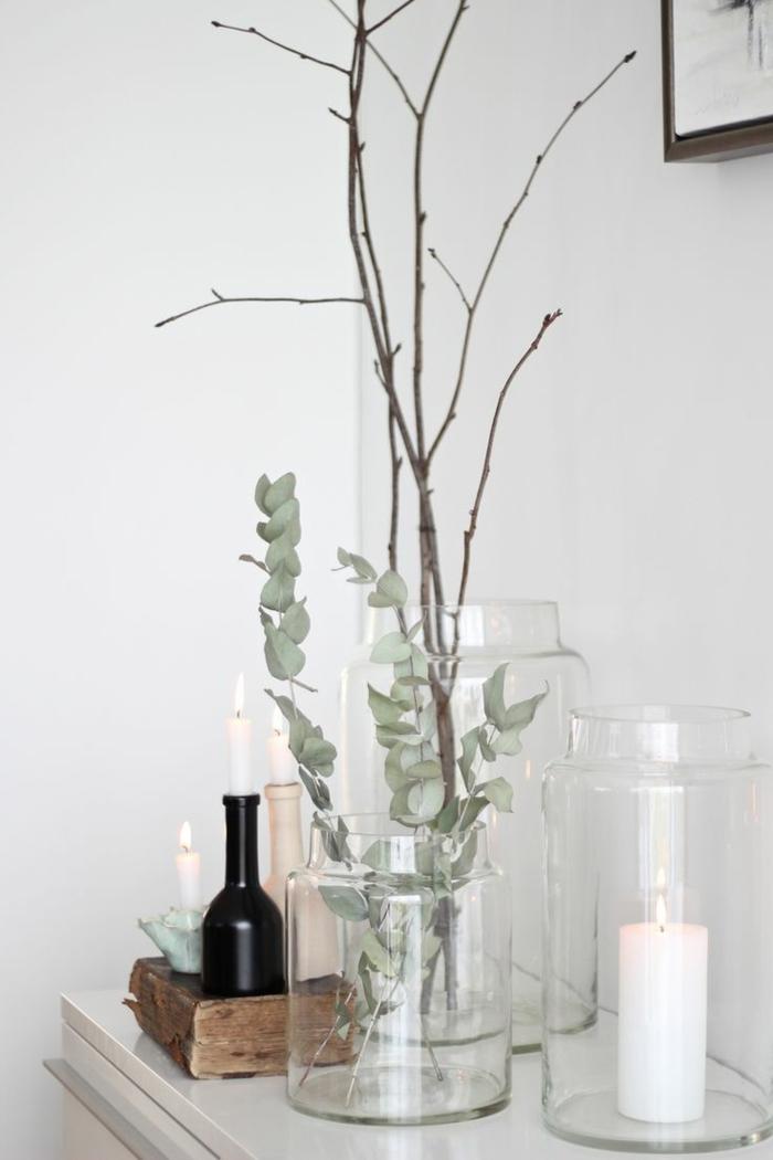 Deco-chambre-romantique-idées-bougies-vase-en-verre