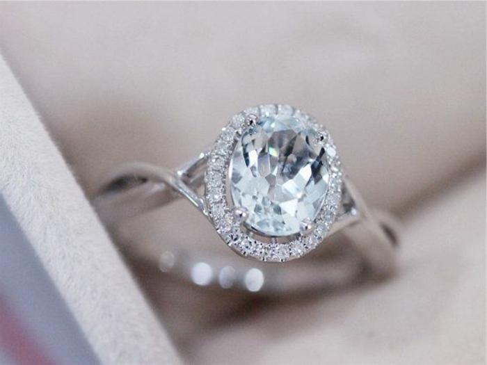 En-aigue-marine-bague-anneau-proposition-mariage