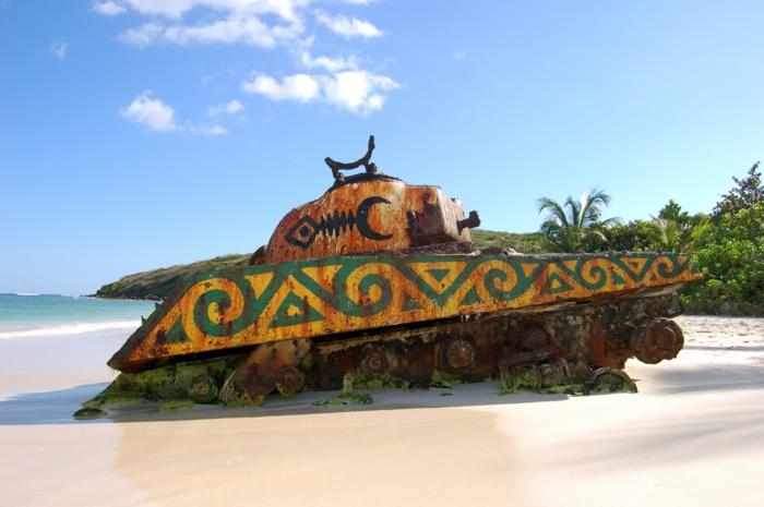Flamenco-Beach-Culebra-Puerto-Rico-île-culebra-belle-plage-resized