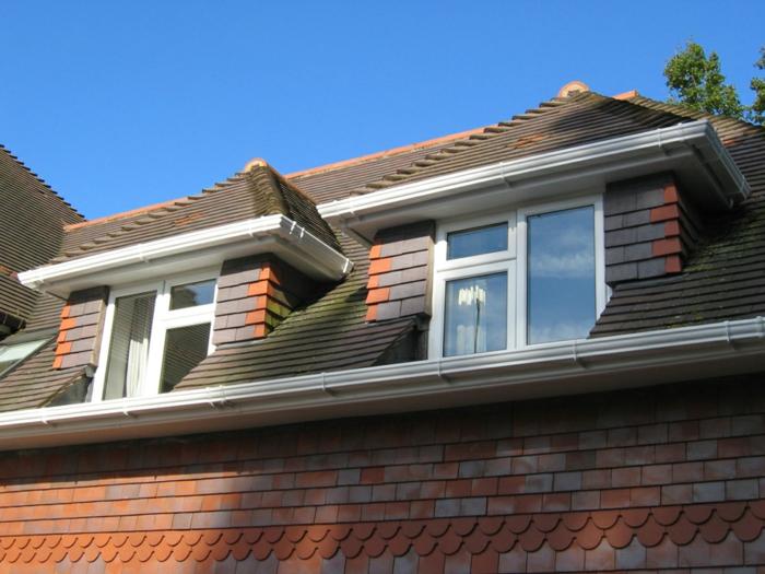 Idée-extérieur-maison-lucarne-toit-haut