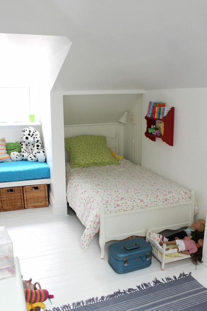 La lucarne de toit en 60 images inspiratrices - Deco interieur chambre ...
