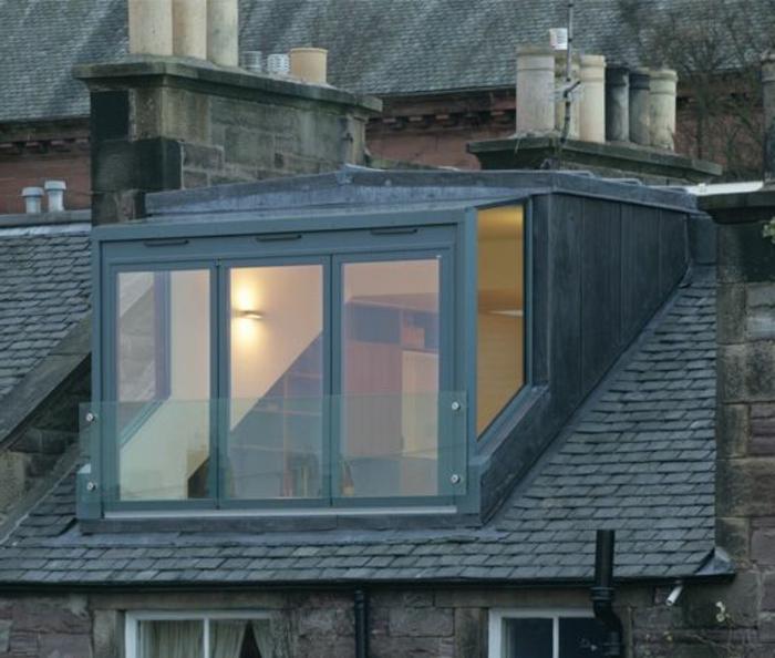 Lucerne-de-toit-maison-jolie-carré-verre