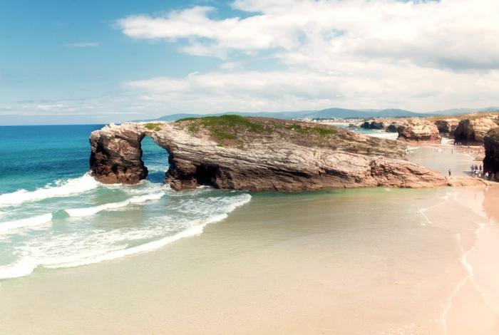 Playa-De-Ses-Illetes-Formentera-Balearic-Islands-espagne-les-plus-belles-plages-du-monde-resized