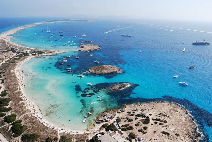 Playa-de-ses-Illetes-Formentera-espagne-île-une-des-plus-belles-resized