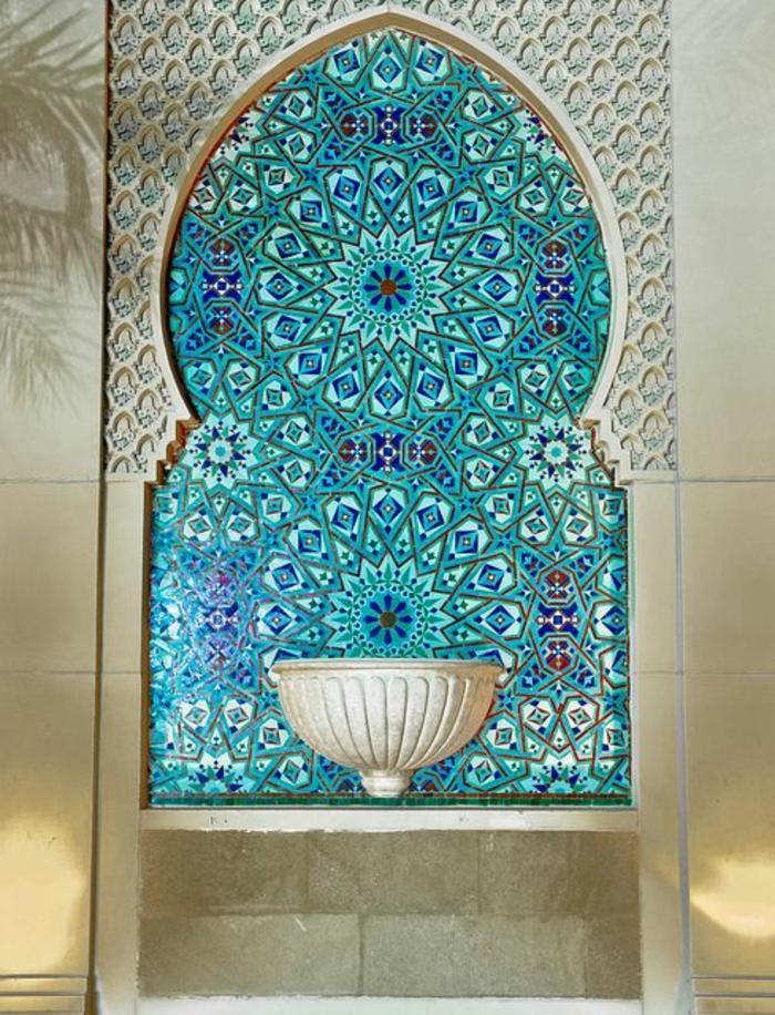 Salle-de-bain-aigue-marine-zen-arabe-mosaique