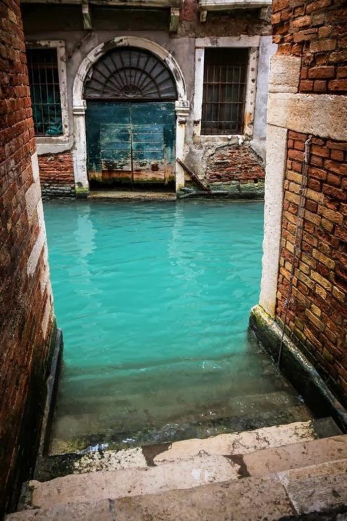 Salle-de-bain-aigue-marine-zen-belle-venise
