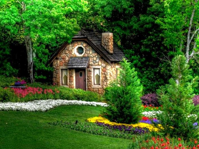 abri-de-jardin-pas-cher-jolie-en-pierre