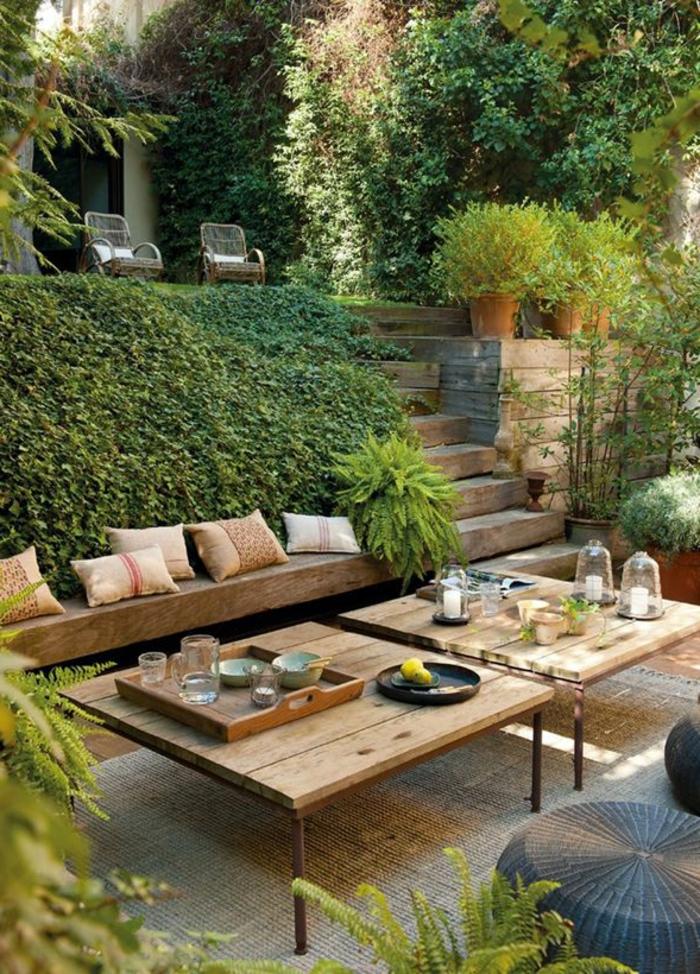 ambiance-rustique-pour-le-jardin-rustique-meuble-rustique-table-en-bois