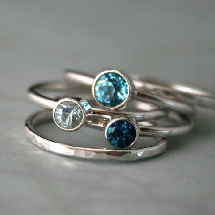 bagues-trois-anneaux-aigues-marines-argent-et-pierre