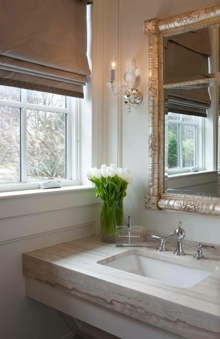 Le th me du jour est la salle de bain r tro - Petite fenetre de salle de bain ...