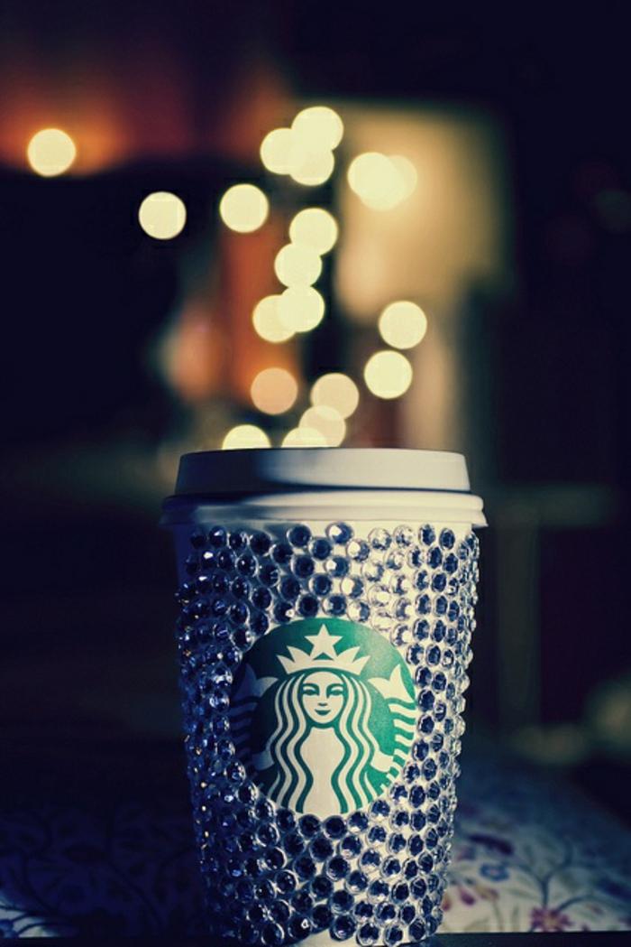 boisson-gobelet-café-americain-diversité-à-emporter