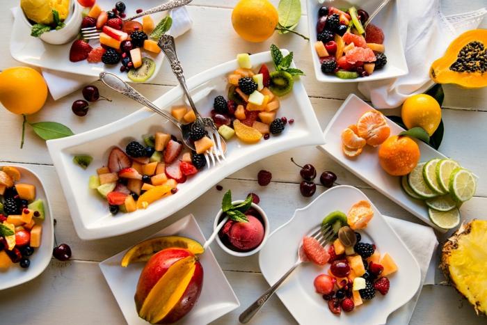 bon-petit-déjeuner-régime-fruits-fibres-lait