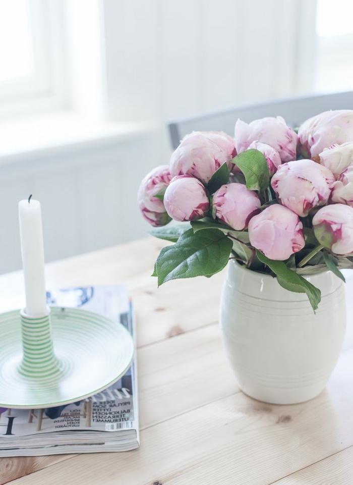 bouquet-de-pivoine-idées-décoration-jolie-table