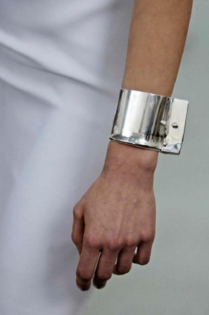 bracelet-manchette-acier-bracelet-inhabituel