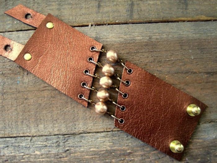 bracelet-manchette-cuir-métal-et-pierres