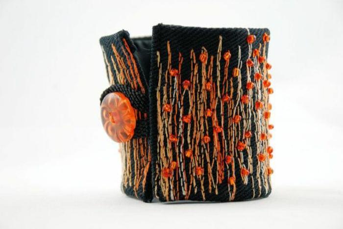 bracelet-manchette-fait-avec-tissu-de-vieux-jeans