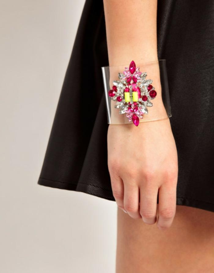 bracelet-manchette-joli-bijoux-transparent
