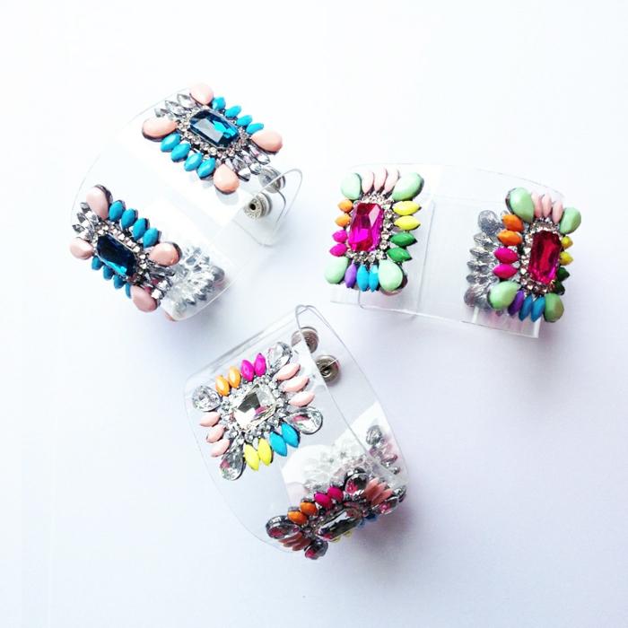 bracelet-manchette-jolis-bijoux-transparents