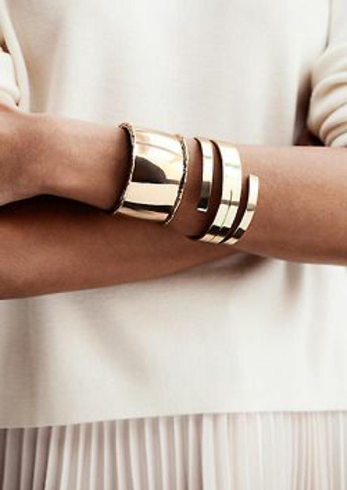 bracelet-manchette-lisse-en-métal