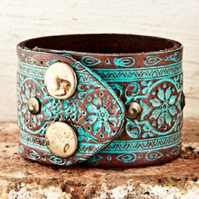 bracelet-manchette-marron-et-turquoise