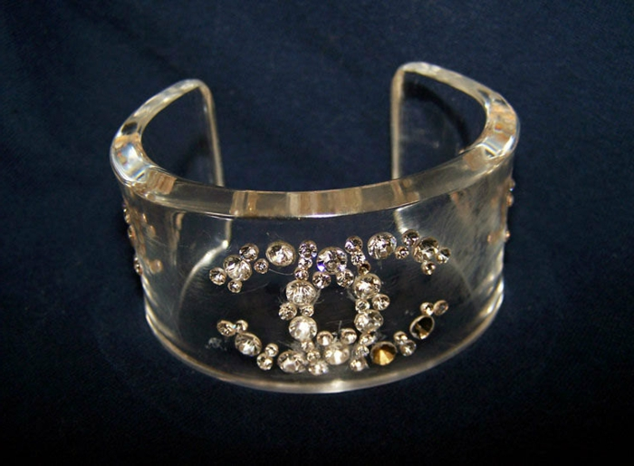 bracelet-manchette-plastique-transparente