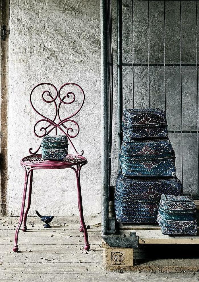 chaises-bistrot-décor-artistique