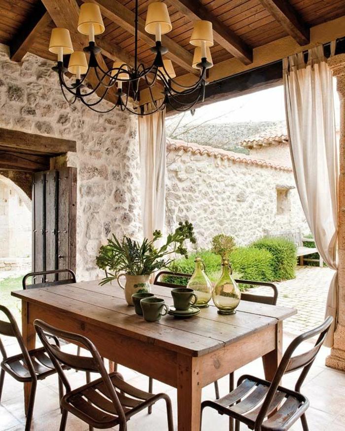 chaises-rustiques-table-rustique-meuble-en-bois-massif-pour-le-jardin