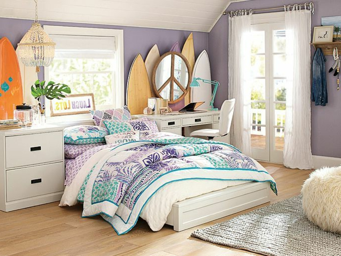 chambre ado fille design mer surf mirroir paix teen
