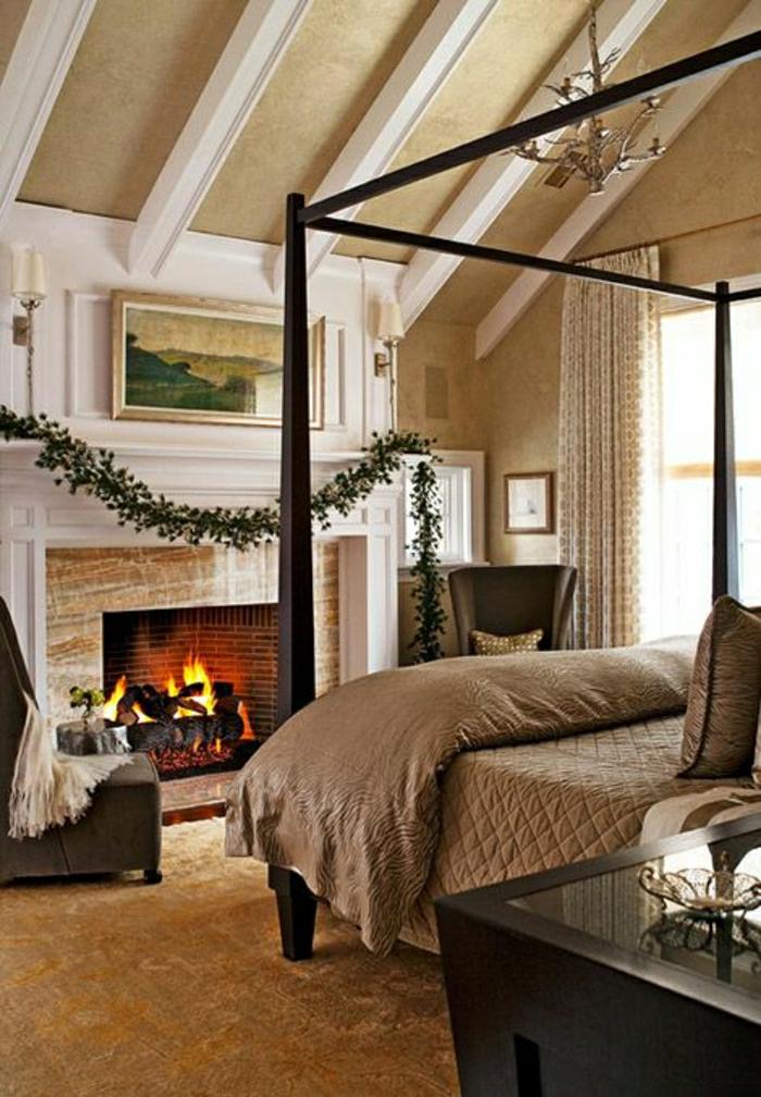 chambre-taupe-cheminée-chambre-a-coucher-moquette-plafond-haut-déco-aménagement